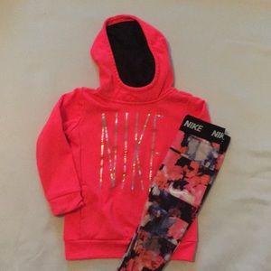 Nike Sweatshirt set